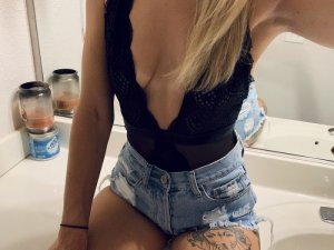 Alysa outcall escort